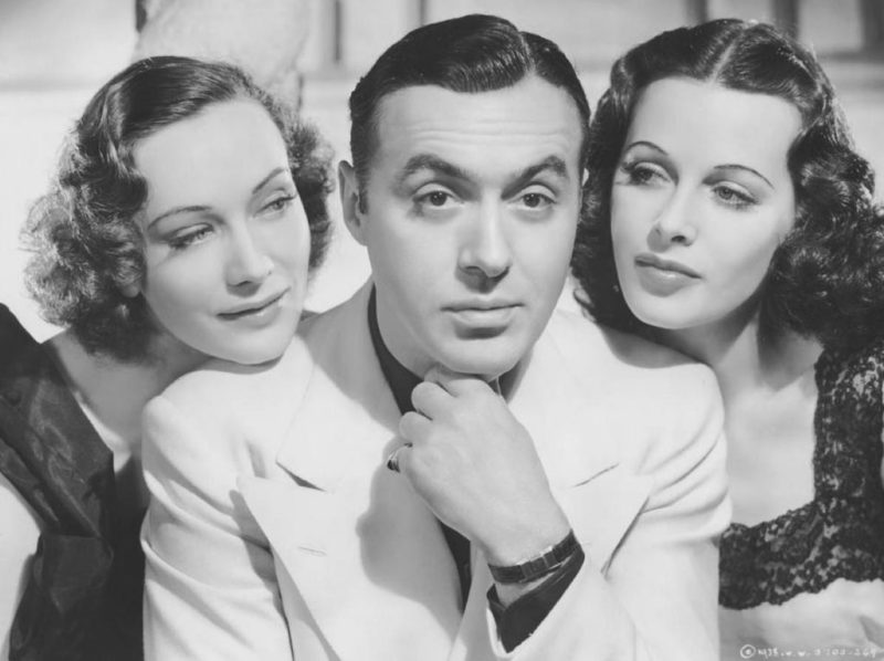 Sigrid Gurie, Charles Boyer en Hedy Lamarr in de film Algiers uit 1938. Credits: United Artists.