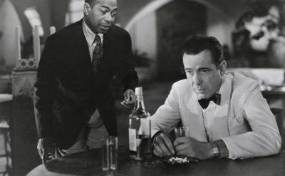 Eerste hulp bij liefdesverdriet in Casablanca. Credits: Warner Bros.