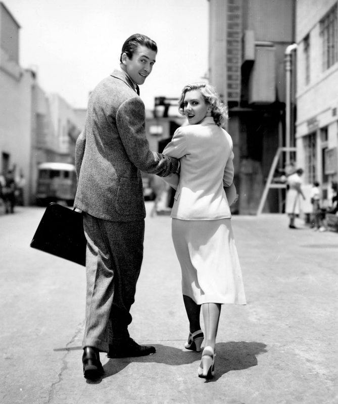 James Stewart en Jean Arthur op de set van Mr. Smith Goes to Washington. Credits: Columbia Pictures.
