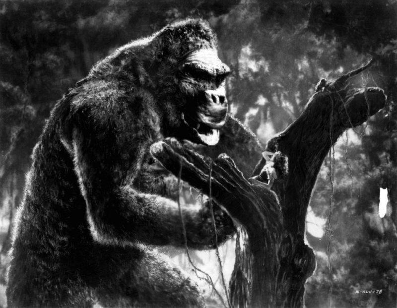 Fay Wray is het oogappeltje van King Kong in de gelijknamige klassieker uit 1933.