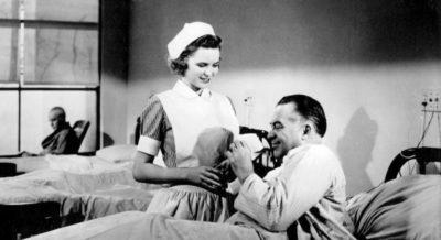 Amerikaanse publiciteitsfoto voor de korte promotiefilm Reward Unlimited (1944) om verpleegsters te werven.
